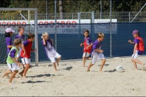 2929.Am Beach-Soccer-Platz