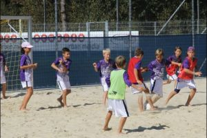 2930.Am Beach-Soccer-Platz2